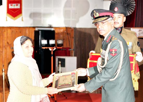 GOC-in-C, Northern Command Lieutenant General D Anbu presenting a gallantry award during Investiture Ceremony at Northern Command, Udhampur on Wednesday.