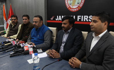 JCCI president Rakesh Gupta addressing a press conference in Jammu on Tuesday. —Excelsior/Rakesh