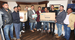 Officials of NSR Indus launching electronic items in Jammu on Friday. —Excelsior/Rakesh