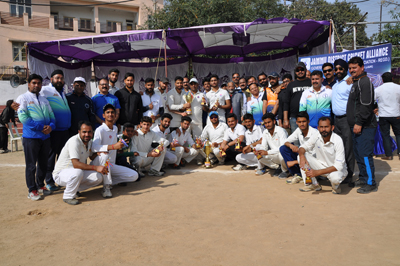 Winners posing alongwith dignitaries during concluding ceremony of Salute & Tribute to Sunjuwan Martyrs Cricket Tourney at Parade Ground in Jammu.