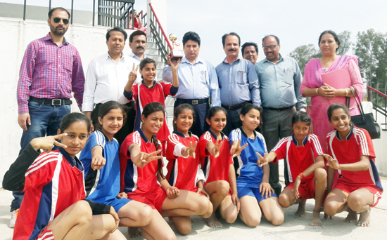Winners posing along with chief guest, Sunil Kumar, DYSSO Samba and other dignitaries at Samba.