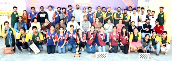 Winners of Sports Tourney DSW of CLUJ posing along with dignitaries in Jammu.
