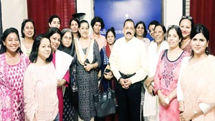 Union Minister Dr Jitendra Singh with women journalist members of Indian Women's Press Core (IWPC) New Delhi, led by its President T.K. Rajyalakshmi, during a get-together on Monday.