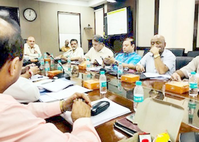 Secretary, Deptt of Animal Husbandry, Ministry of Agriculture & Farmers Welfare GoI, Tarun Shridhar chairing a meeting in New Delhi.