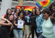Members of the LGBT community celebrate Supreme Court's verdic on IPC's Section 377, in Bengaluru on Thursday. (UNI)