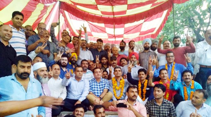Members of TJAC announcing to call off their indefinite hunger strike in presence of DSEJ Rakesh Srangat at Jammu on Wednesday.