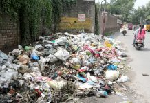 Is this Swachhata? Heaps of garbage lying in Shakti Nagar on Day 1 of 'Swachhata Hi Seva' campaign on Saturday. —Excelsior/Rakesh