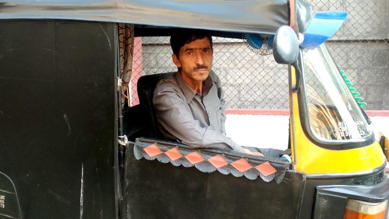 Award winning Paper-mache artist in Srinagar. —Excelsior/Shakeel