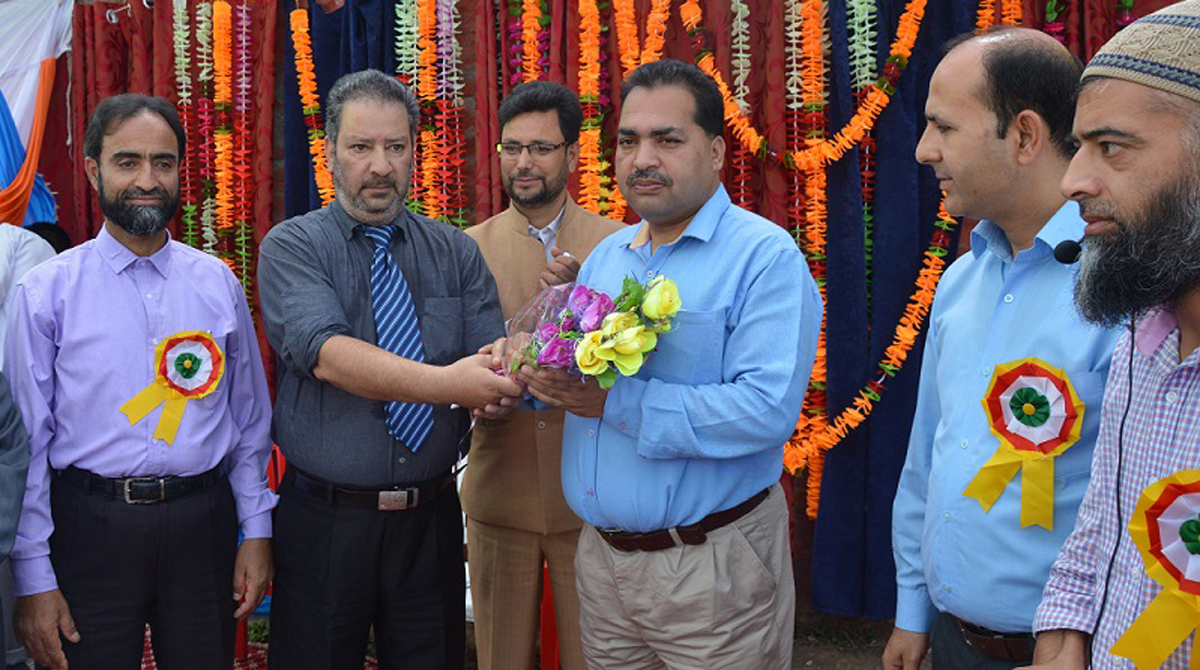 Bouquet presentation during an Annual Day at HSS Anantnag on Tuesday.