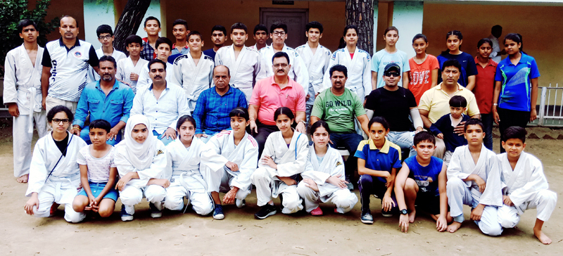 Judokas posing along with office bearers of the Association before leaving for Sub Junior Nationals.