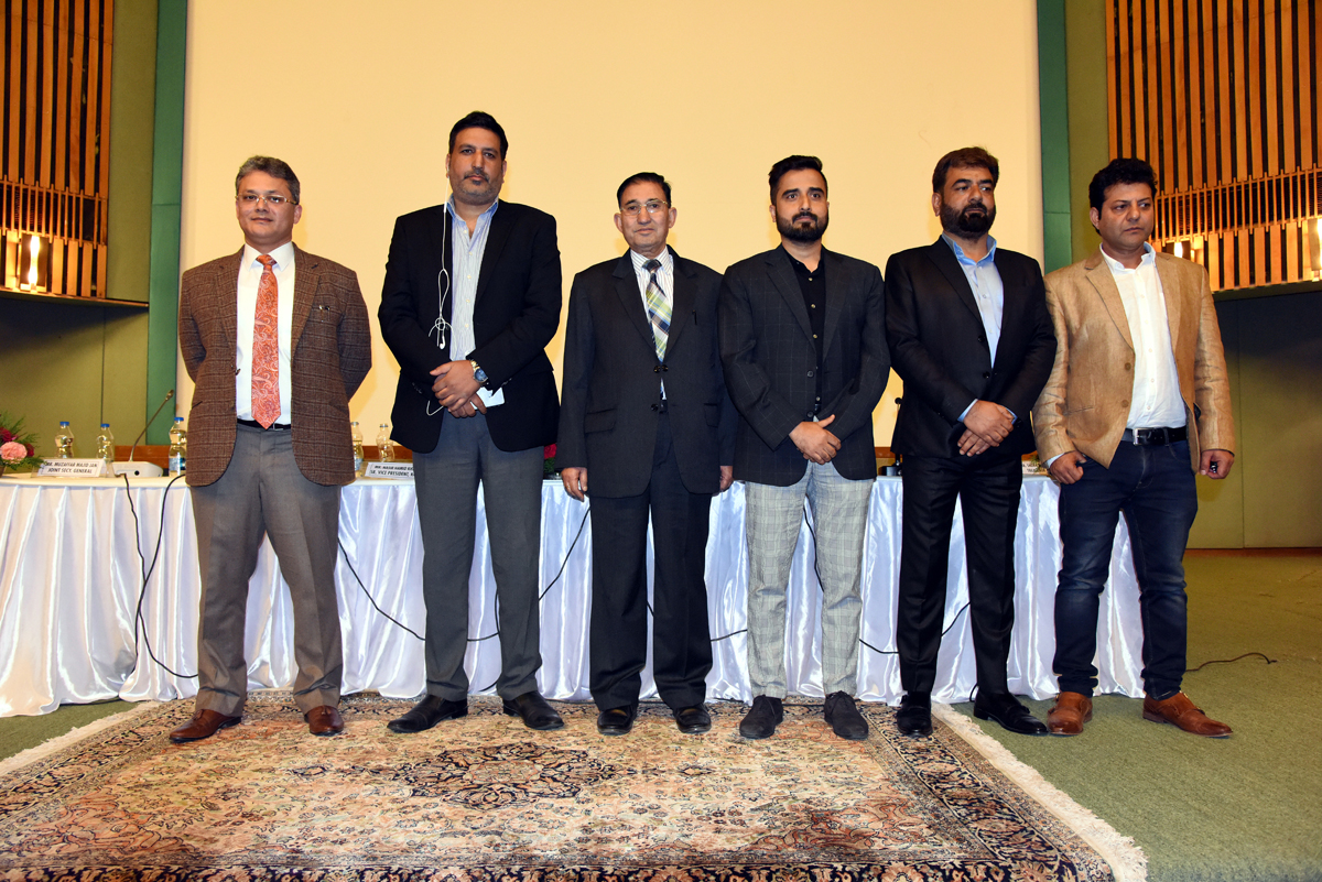 Newly elected office bearers of Kashmir Chamber of Commerce and Industry.