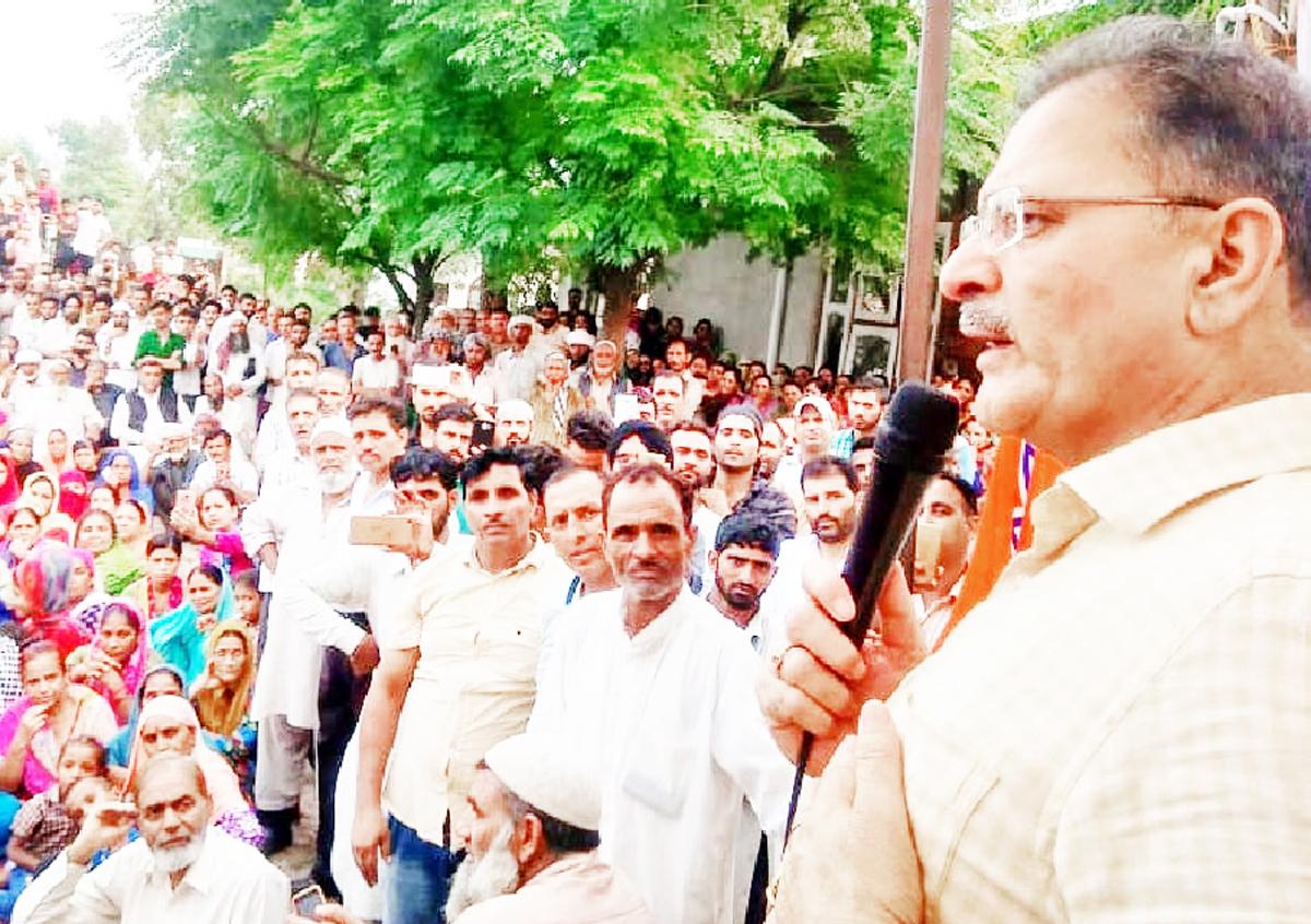 Former Deputy CM & MLA, Gandhi Nagar, Kavinder Gupta addressing public meeting at Belicharana on Tuesday.