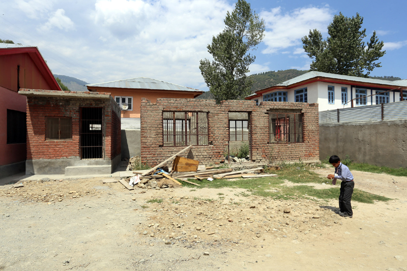 A view of incomplete Government Middle School Sheeri Payeen in North Kashmir's Baramulla District. — Excelsior/Aabid Nabi
