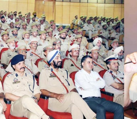 DGP Dilbagh Singh interacting with police personnel at Jammu on Monday.