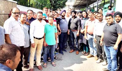 Delegation of PDD employees who apprised Com Secy about their concerns and demands.