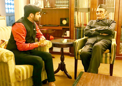 Tarun Uppal, president, Youth wing of Dogra Sadar Sabha, J&K, during a meeting with Dr Karan Singh, ex Member Parliament at New Delhi.