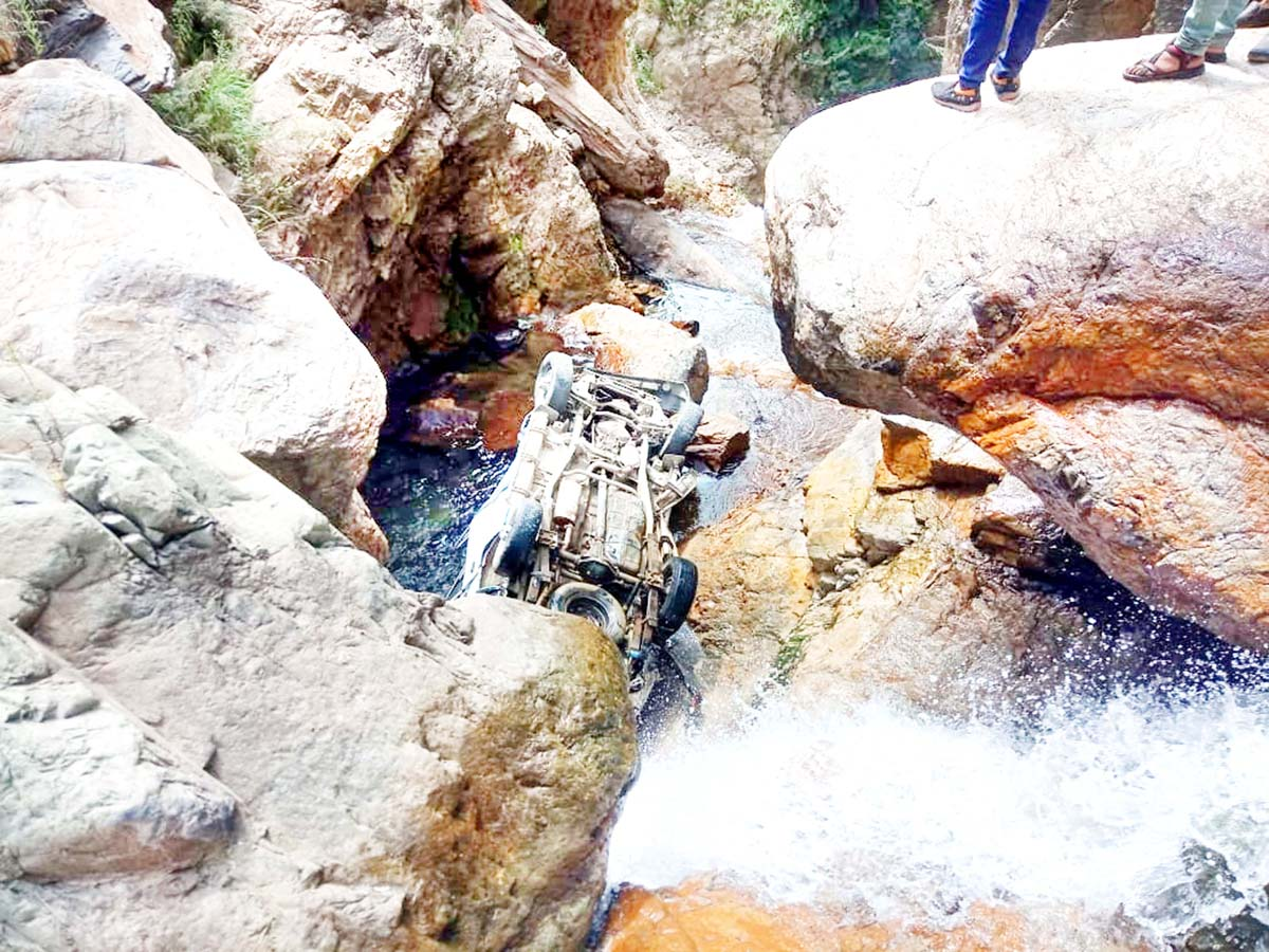Ill fated vehicle after accident near Bawa Mangit area in Banihal. -Excelsior/Parvaiz