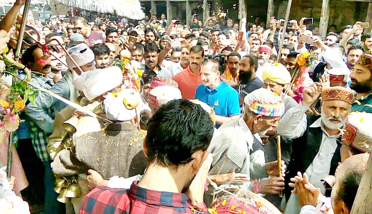 Devotees during Kailash Kund Yatra leaving from Bhadarwah. -Excelsior/Tilak Raj