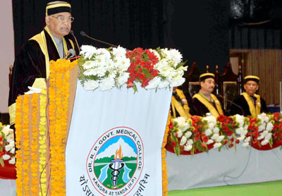President, Ram Nath Kovind addressing at the 1st Convocation of Dr. Rajendra Prasad Government Medical College, at Kangra, in Himachal Pradesh on Monday.