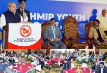 Governor Satya Pal Malik addressing youth at SKICC Srinagar on Sunday.