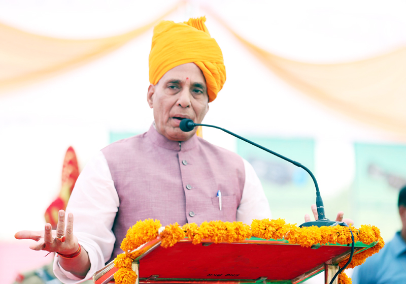 Union Home Minister Rajnath Singh addressing the BSF personnel during his visit to a BSF camp in Bikanar, Rajasthan on Friday. (UNI)