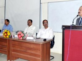 VC JU Prof Manoj K Dhar expressing his views after inaugurating 'MOOCS' online course.
