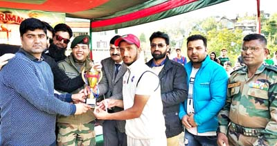Winners of T20 Tournament organised by Rashtriya Rifles being felicitated by the chief guest and other dignitaries at Bhaderwah.