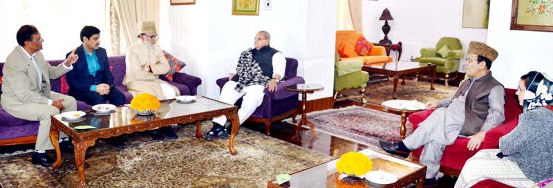 Governor Satya Pal Malik meeting National Conference delegation on Friday.