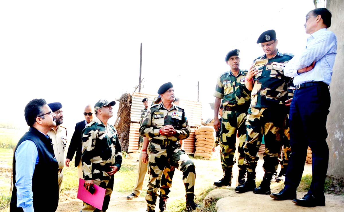 Advisor to Governor, K. Vijay Kumar interacting with top BSF officers at a border post in Samba Sector on Monday.
