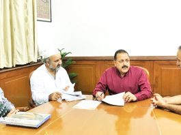 "A delegation of ""Save Sharda Committee Kashmir"", led by Ravinder Pandita, holding a meeting with Union Minister Dr Jitendra Singh, at New Delhi."