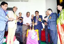 Dr Dilip Gode, president, ASI along with Dr HL Goswami, ex-Principal, GMC Jammu, inaugurating 7th annual conference of JAKASI at Jammu.