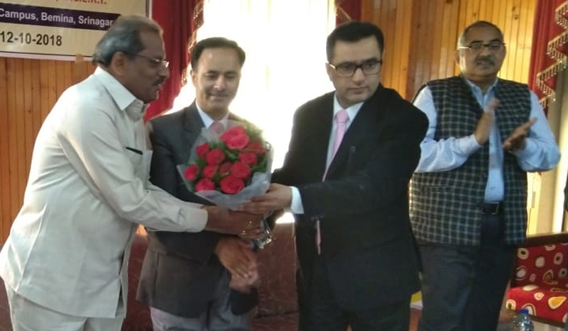 Chairman RIE Ajmer, Dr. G Vishwanathapa along with others after inaugurating a workshop at Srinagar on Monday.