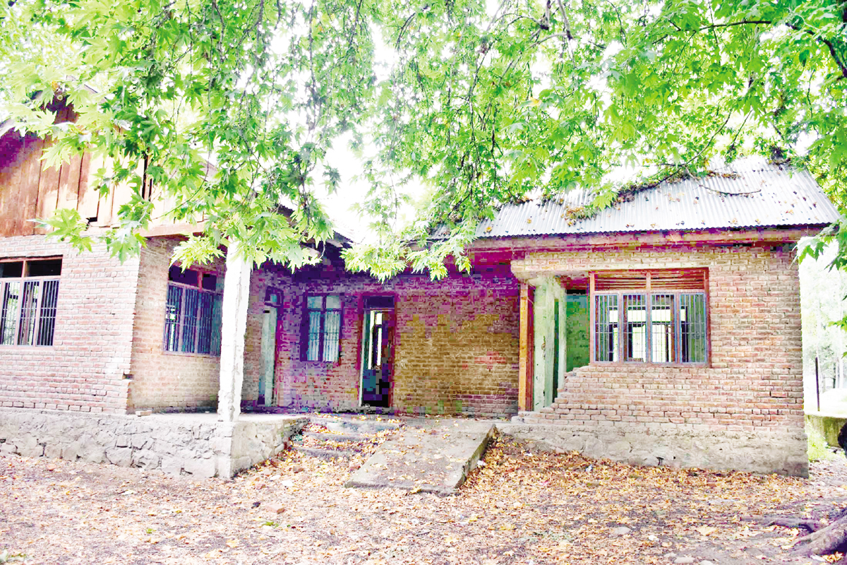 A view of Panchayat Ghar at Mitrigam, Pulwama. —Excelsior/Younis Khaliq