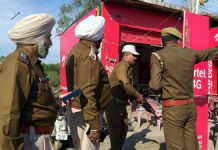 Punjab Police team during an investigation at Lakhanpur on Thursday. — Excelsior/Pardeep