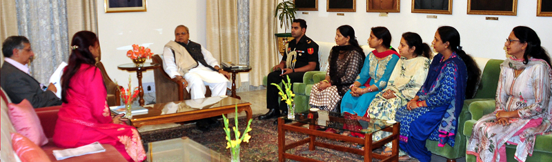 Governor meeting delegation of Anganwadi workers and helpers on Thursday.