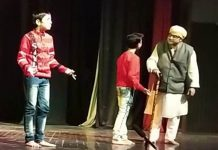 A scene of the play 'Gaad Bateh' which was staged by Vomed Rangmanch on 2nd day of Annual Drama Festival at Jammu on Wednesday. —Excelsior/Rakesh
