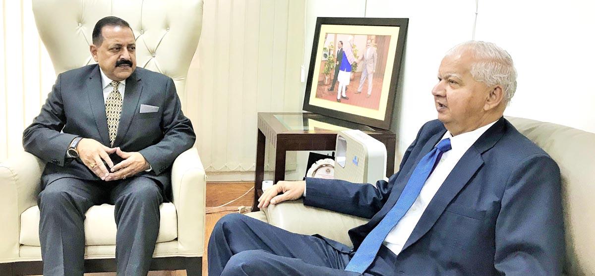 Minister for Personnel & Law, Government of Tanzania (Zanzibar), Haroun Ali Suleiman calling on Union Minister Dr Jitendra Singh, at New Delhi.