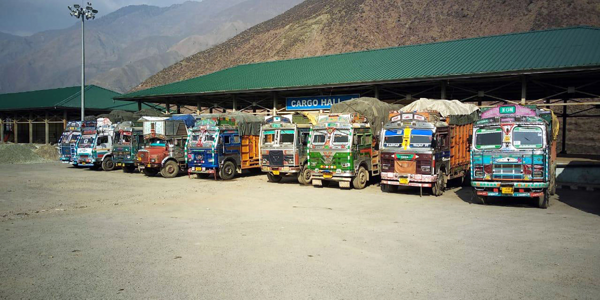 Following suspension of cross LoC trade, trucks parked at the Salamabad Trade Center in Uri on Thursday. -Excelsior/Aabid Nabi