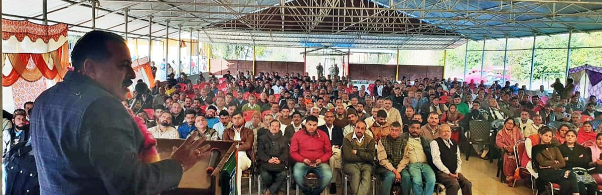 Union Minister Dr Jitendra Singh addressing a BJP meeting at Lakdi, Billawar on Monday.