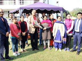Students and faculty members of Botany Department of JU presenting bouquet to IGP Jammu Zone Dr SD Singh at Jammu on Sunday.