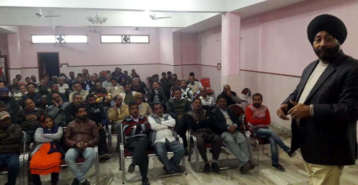 Congress leader Manjit Singh addressing a public meeting at Vijaypur on Sunday.