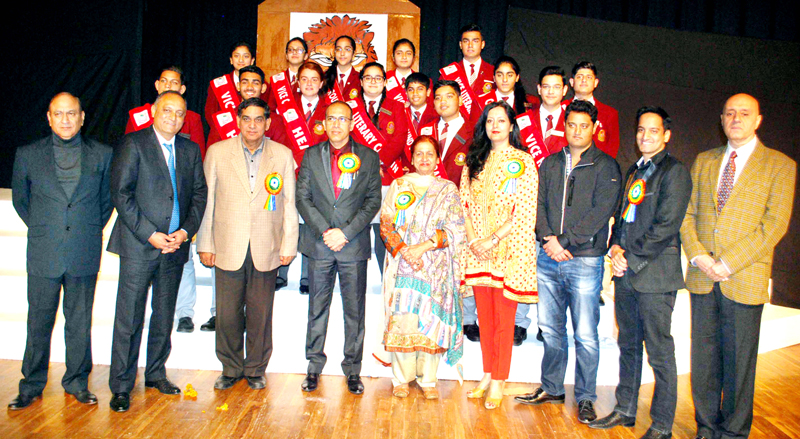 Chief guest and other dignitaries posing for a group photograph during Annual Function at KC Public School in Jammu. -Excelsior/Rakesh