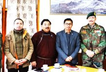 CEC Leh with Army officers during a meeting.