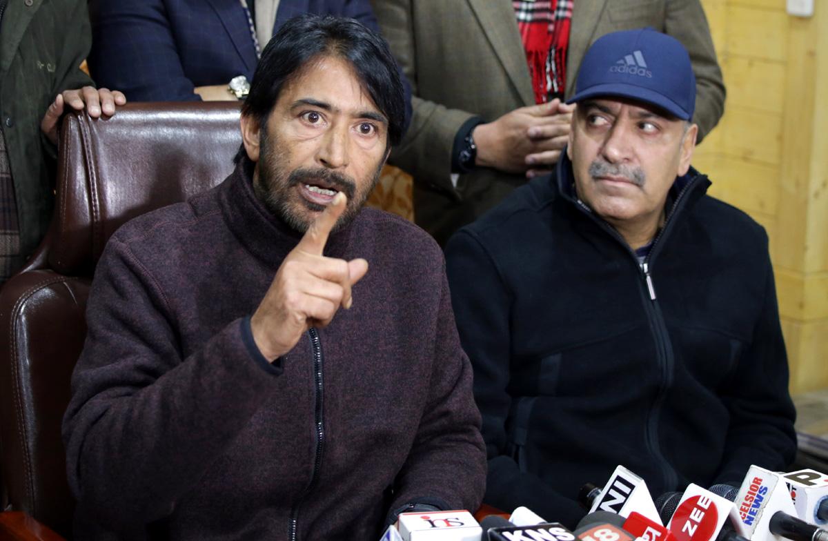 President J&K Pradesh Congress Committee GA Mir addressing a press conference in Srinagar. —Excelsior/Shakeel