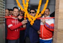 Divisional Commissioner Sanjeev Verma inaugurating renovated changing rooms at Health Club of Amar Singh Club, Jammu.