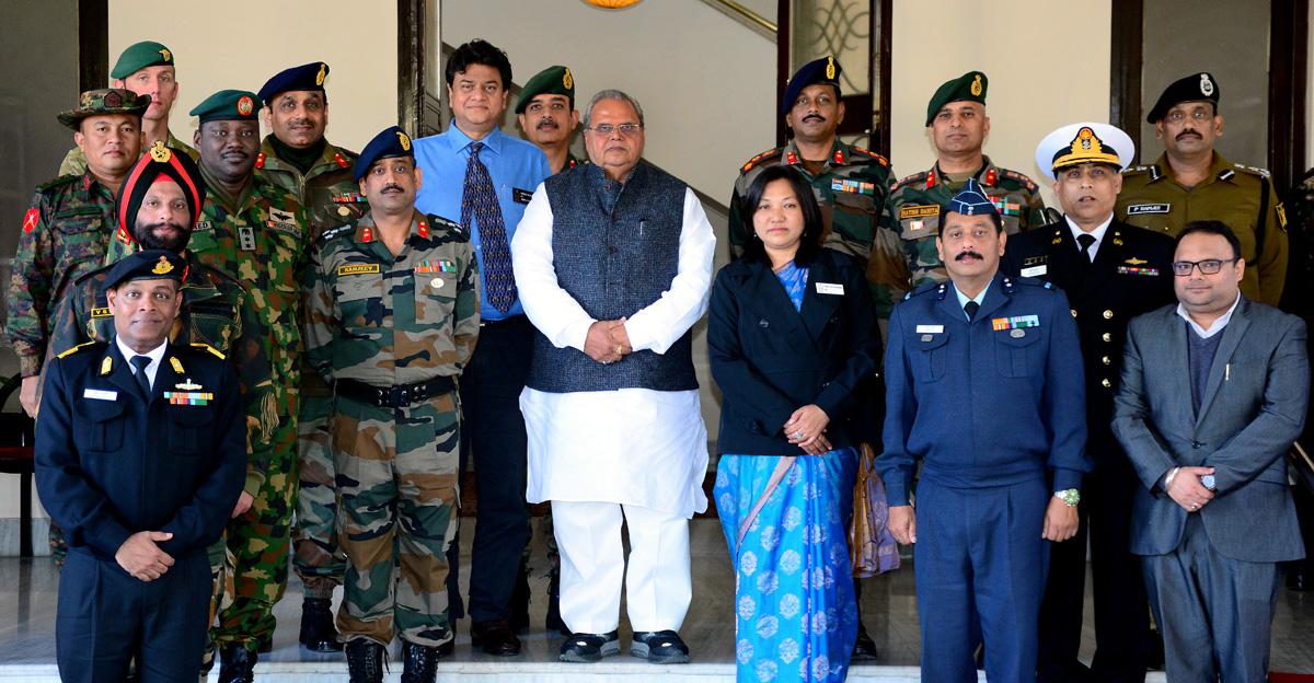 Governor Satya Pal Malik alongwith visiting team of National Defence College on Tuesday.