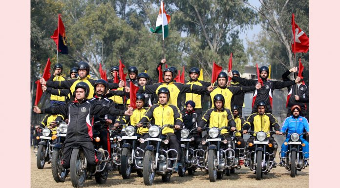 Republic Day Parade rehearsal in Jammu. -Excelsior/Rakesh