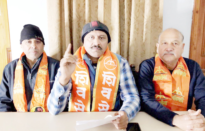 Dimpy Kohli, State president of Shiv Sena, addressing a press conference at Jammu.
