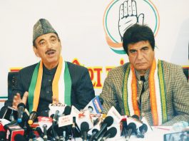 Congress general secretary Ghulam Nabi Azad addressing a press conference at UPCC headquarters, in Lucknow on Sunday. UP Congress chief Raj Babbar is also seen.(UNI)
