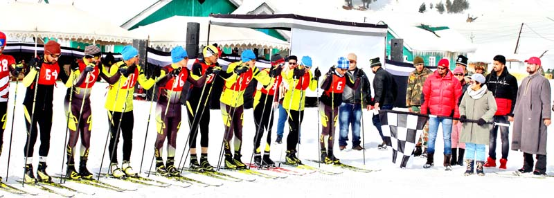 Skiers ready to go at Gulmarg. -Excelsior/Aabid Nabi